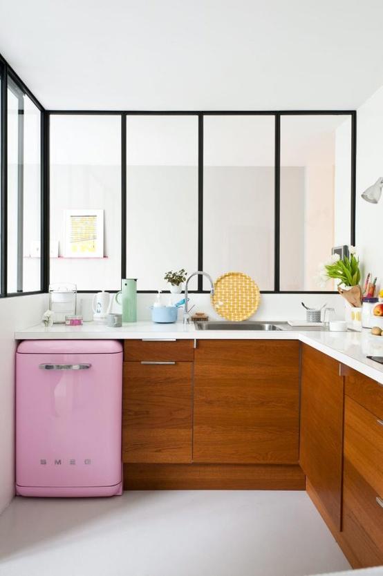 smeg sinon rien. Black Bedroom Furniture Sets. Home Design Ideas