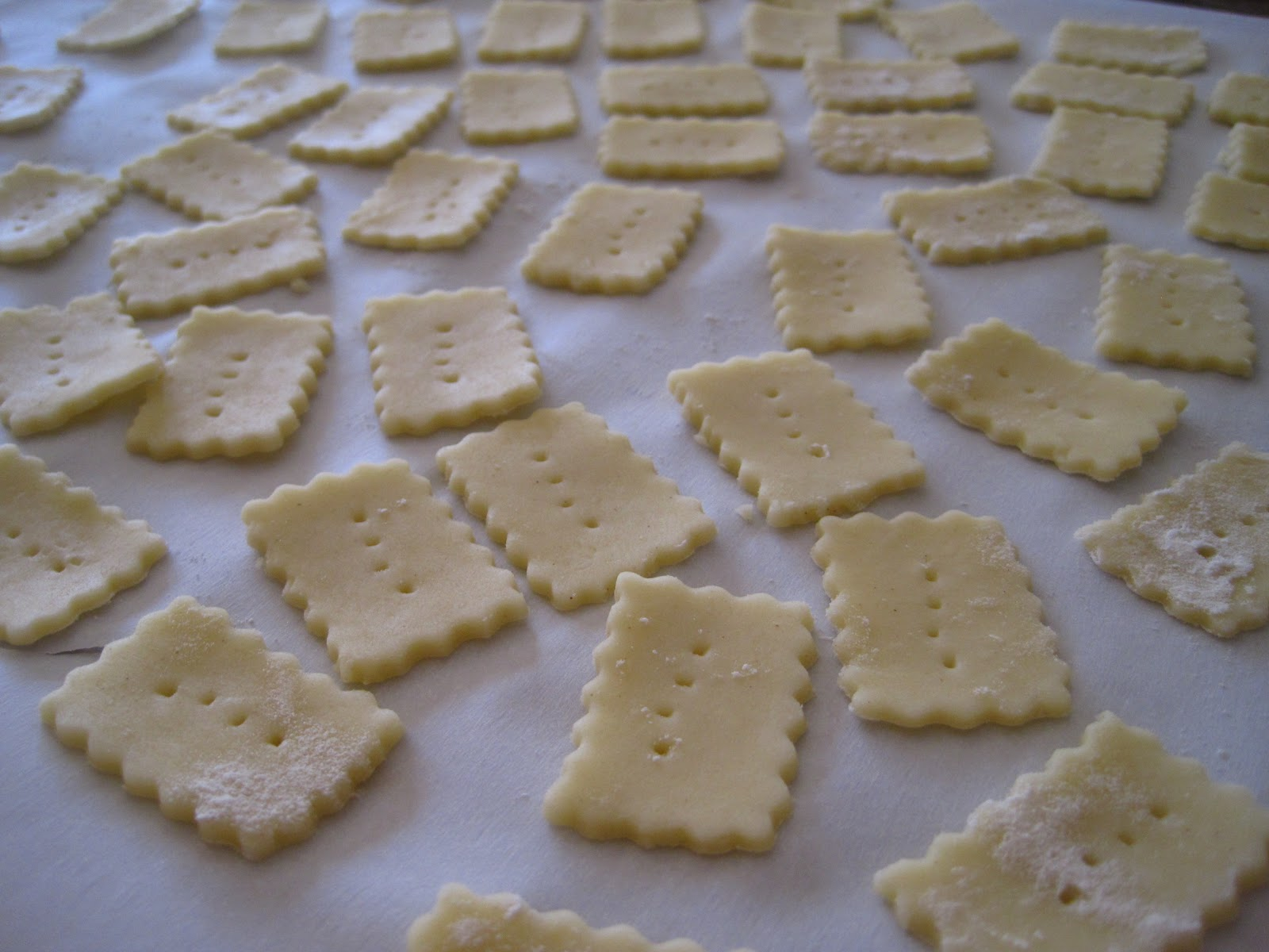 Alissamay's: Sharp Cheddar Cheese Crackers