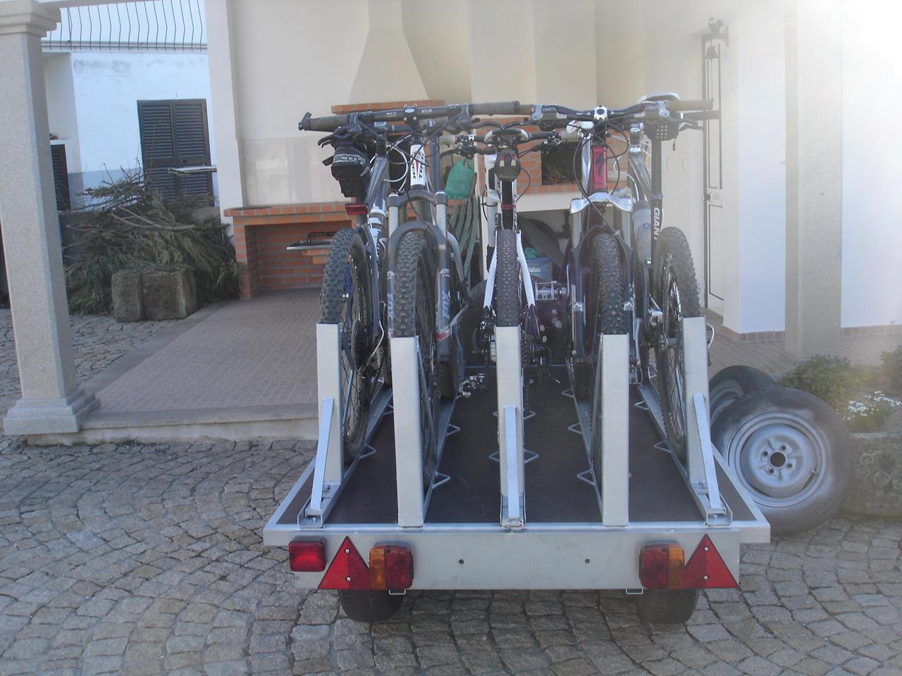 Ajuda - Vou modificar um atrelado só para levar as bikes DSC00249