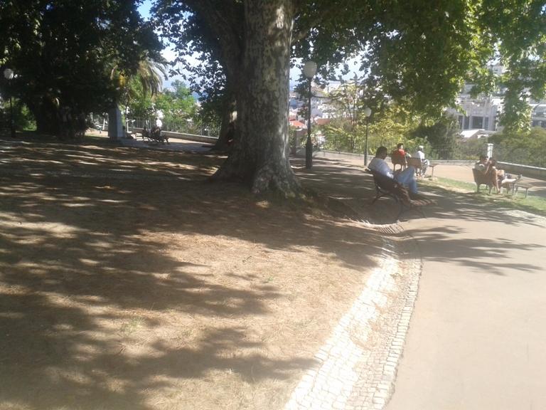 Jardim do Torel com vista para Lisboa