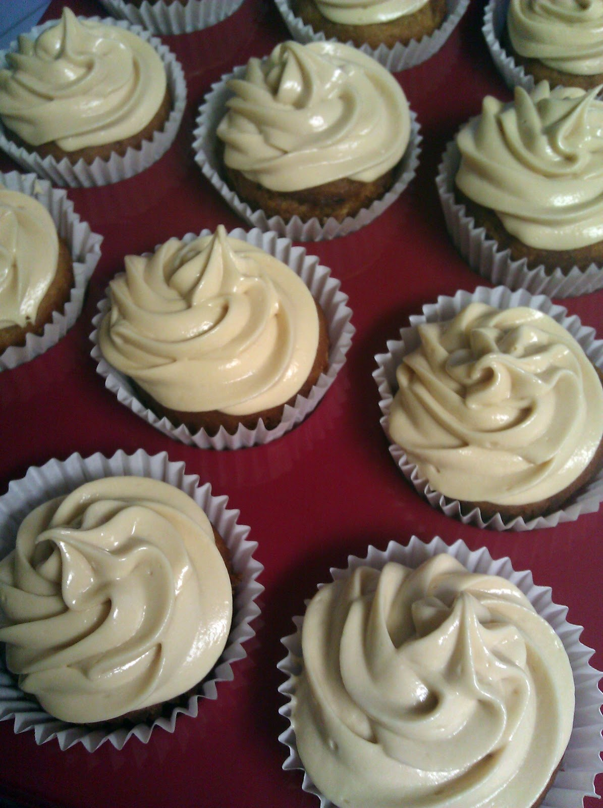 ... Girl's Guide To Cupcakes and More: Deep Fried Apple Cider Cupcakes