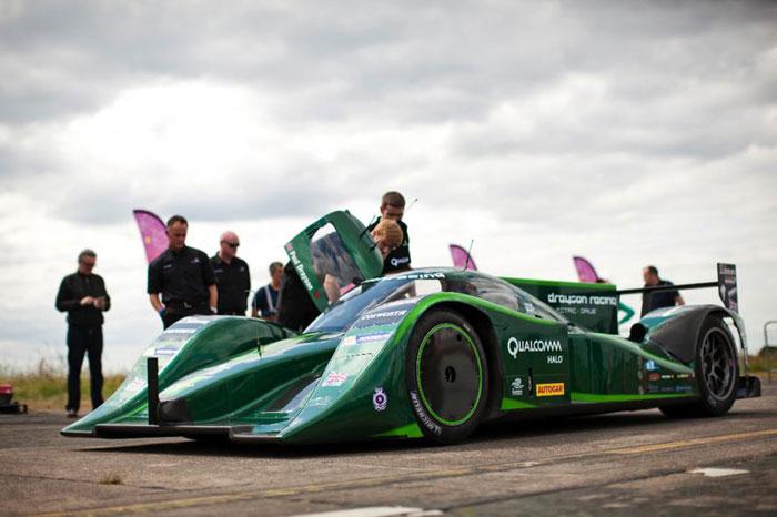 Michelin logra un récord de velocidad con coche eléctrico