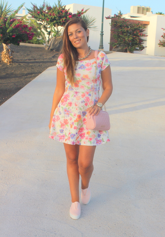 Floral_Bow_Dress_The_Pink_Graff_06