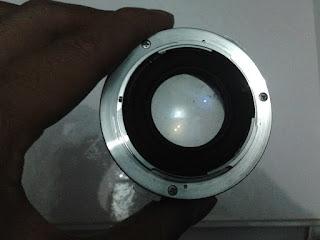 lensa Olympus om-10 tampak belakang