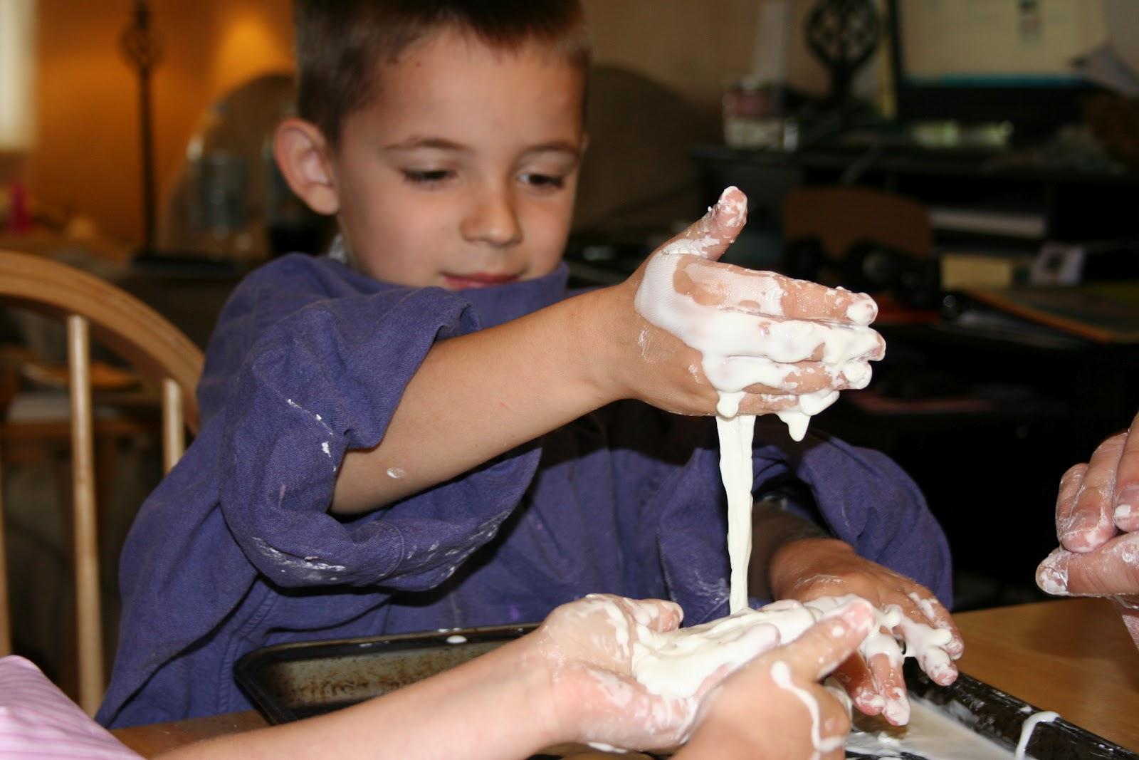 homeschool science experiment oobleck