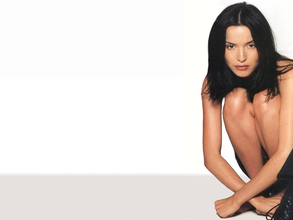 Andrea corr hot pictures photo gallery amp wallpapers