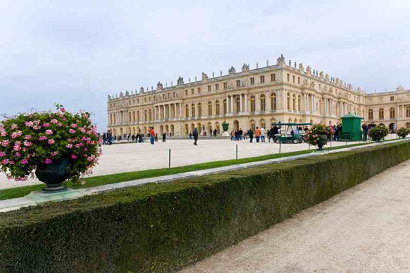 Salah Satu Istana Terluas Di Dunia