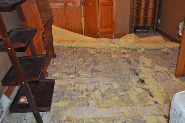 floor, carpet, reno, diy, old floors, patch work, bedroom
