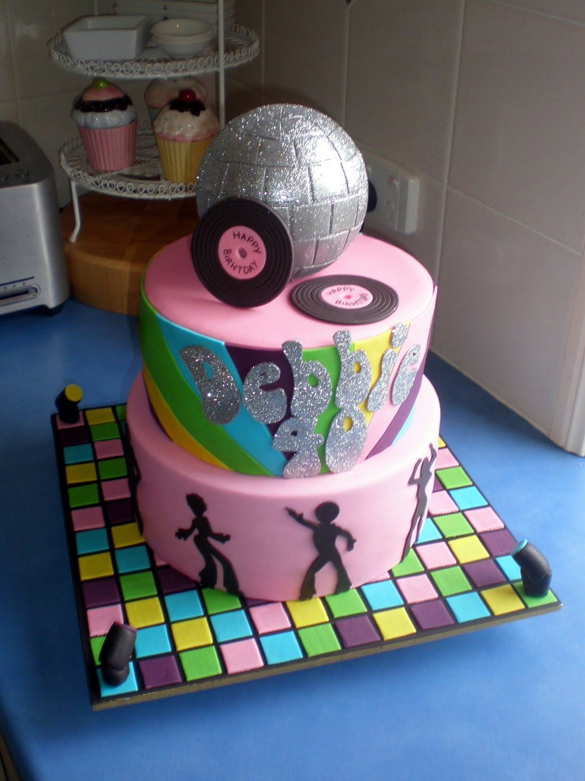 Sugar siren cakes mackay 70 39 s disco cake for 80s cake decoration ideas