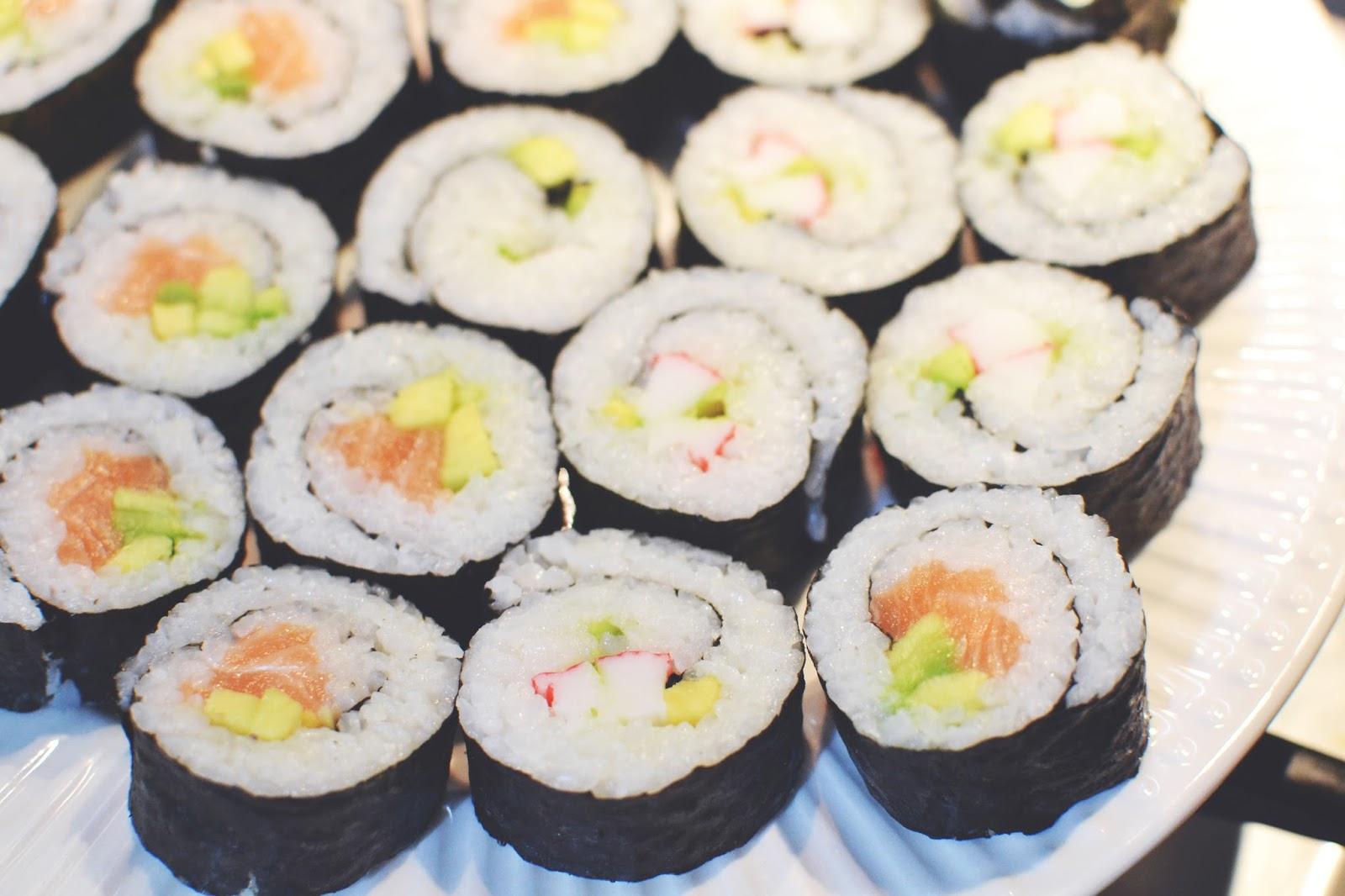 maki rolls, sushi