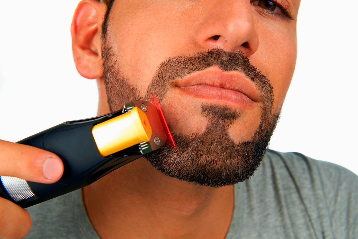 top 10 best beard trimmers for men in india 2016 reviews for online shopping in india. Black Bedroom Furniture Sets. Home Design Ideas