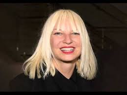 Sia lança Alive