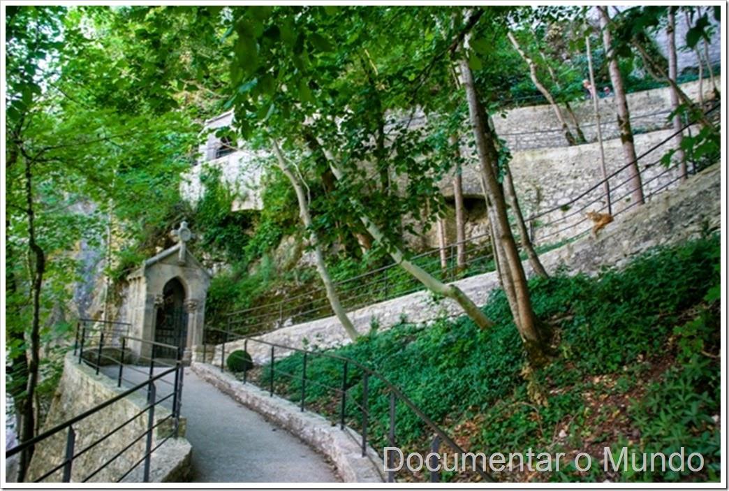 O caminho da cruz em Rocamadour