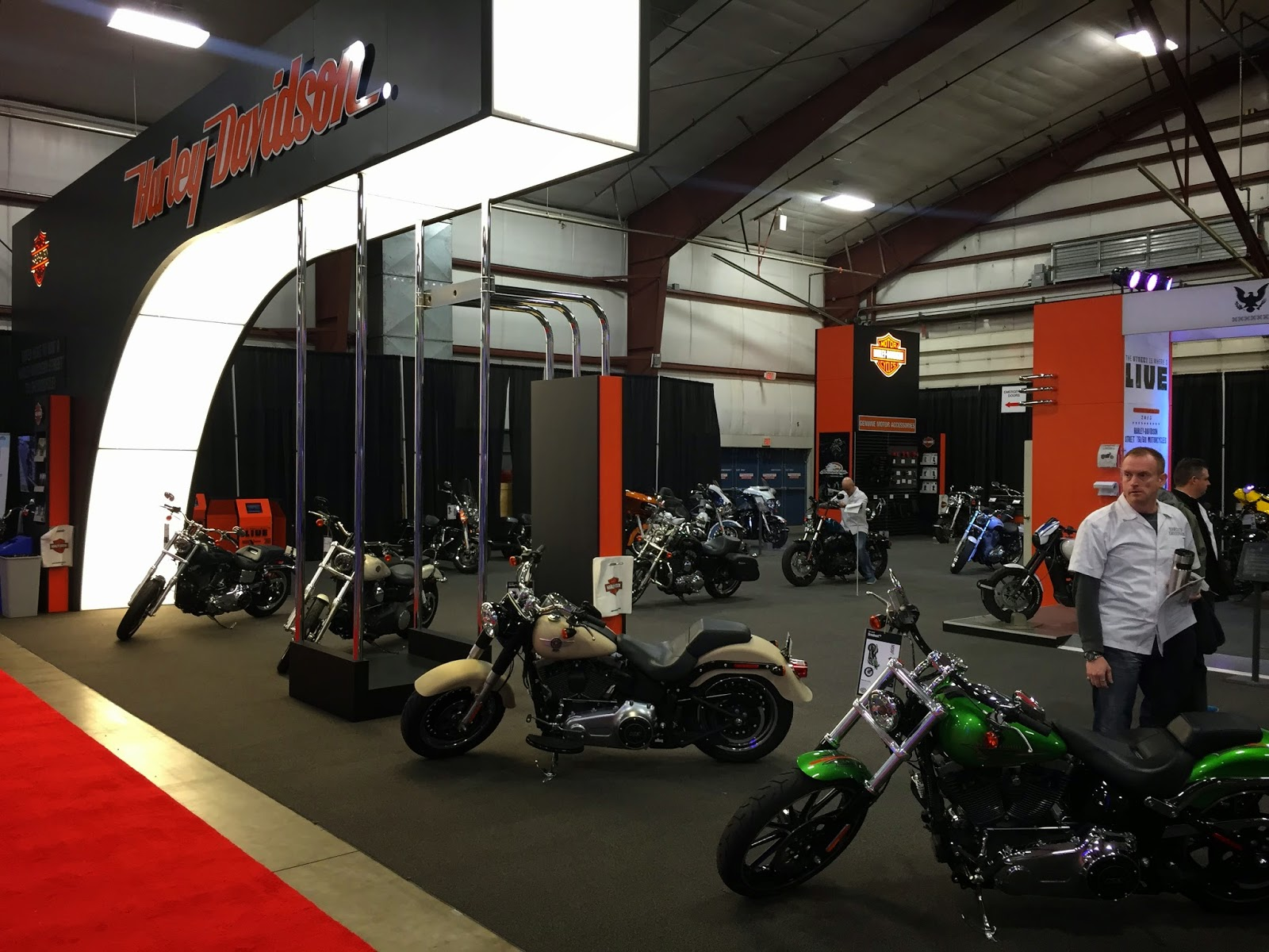 Barnesified: 2015 Vancouver Motorcycle Show Harley Davidson Booth