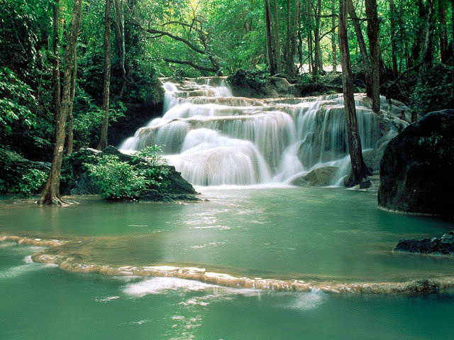 klao-Pun-temple-waterfalls-kanchanaburi-region