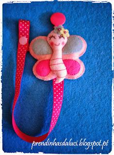 pendente de chupeta borboleta em feltro