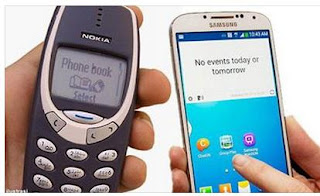 Perbandingan Galaxy S4 dan Nokia 3310