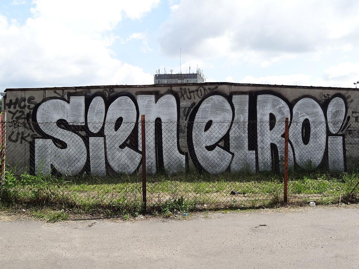 Graffiti z okolic Warszawy Zachodniej
