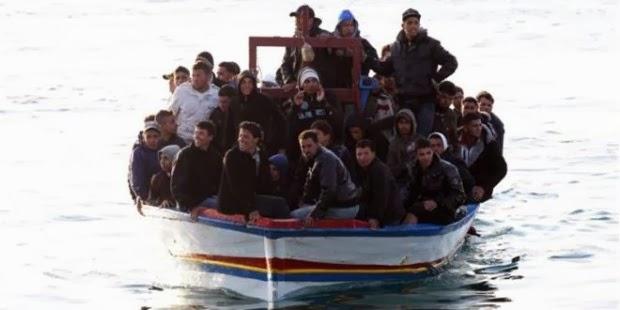 Βιάζεται ο ΣΥΡΙΖΑ για την πολιτογράφηση μεταναστών. Γιατί άραγε;