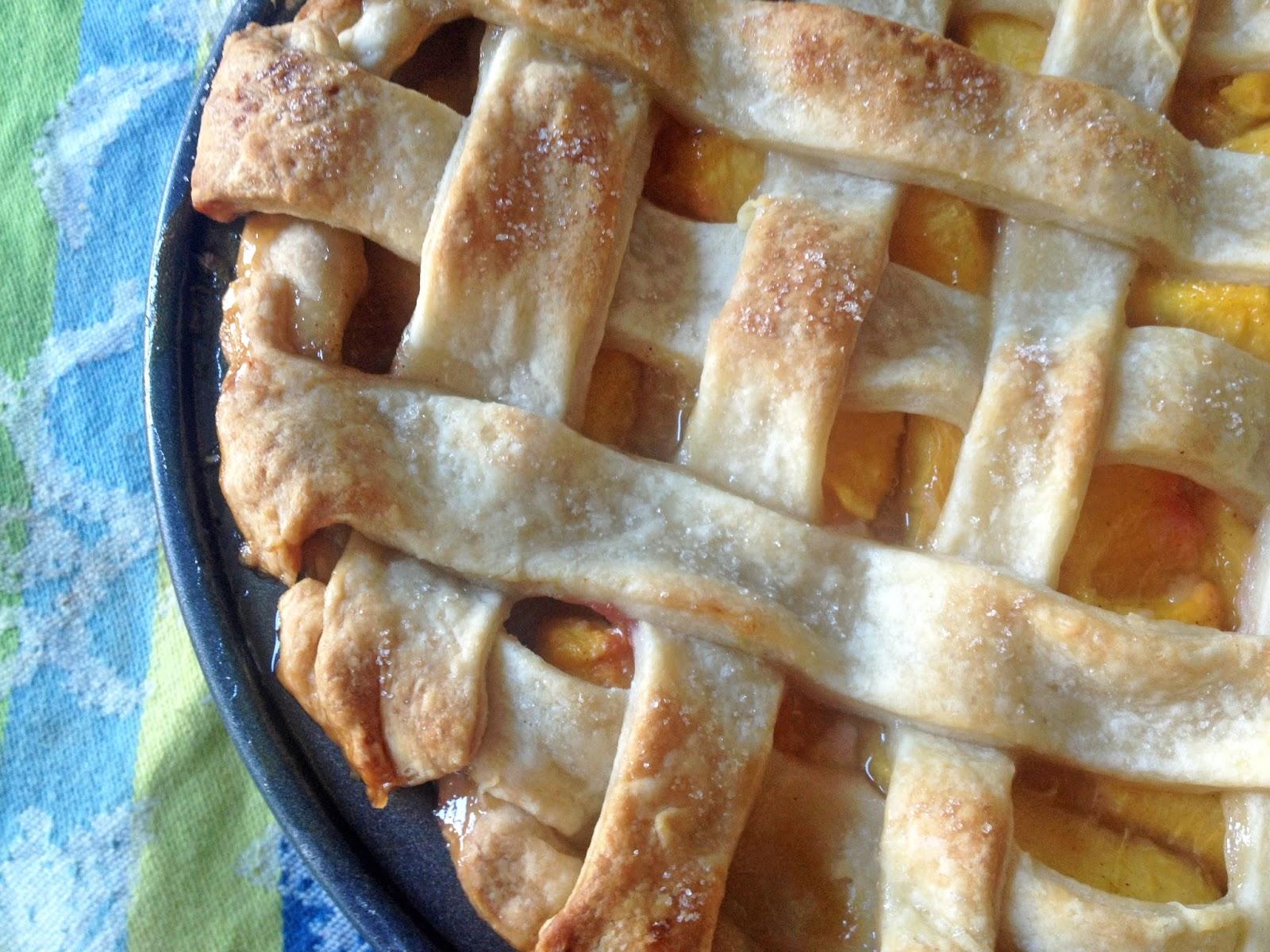 D*lish: Goodbye, Summer! (And Peach Pie)
