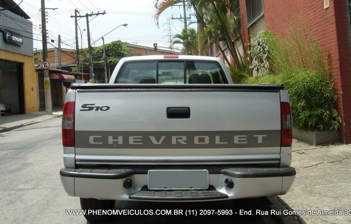 Chevrolet S-10 Cabine Simples 2003 usada