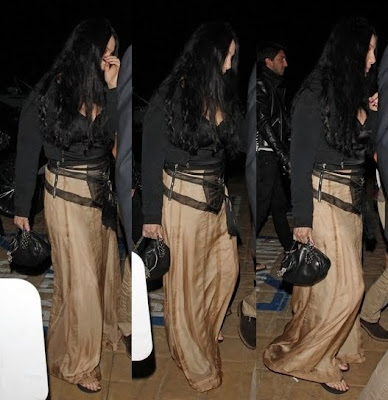 Cher photographed several times leaving the restaurant