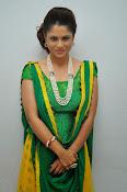 Shilpa chakravarthy sizzling photos-thumbnail-11