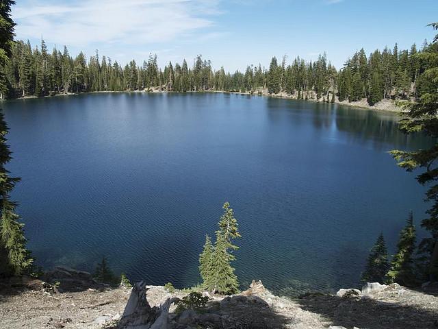 Sadow Lake en Lassen Volcanic Park