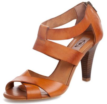 sandalias con tacón verano Stradivarius