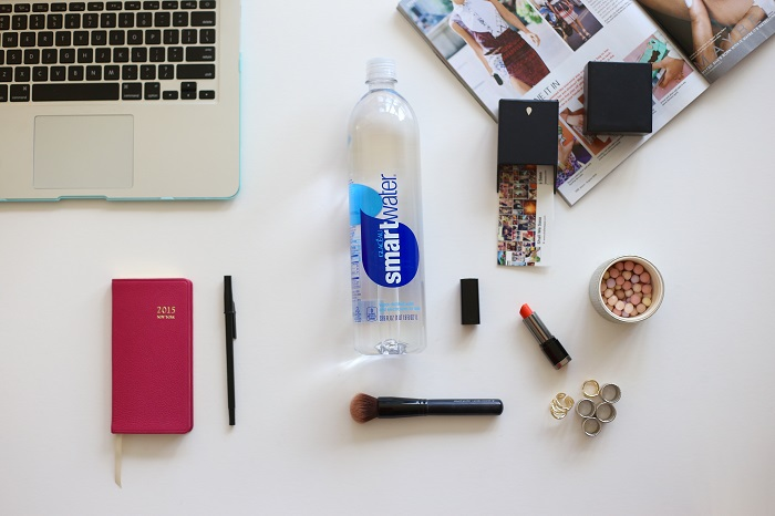 smartwater, planner, lipstick, makeup, magazine, accessories, whats on my table, whats on my table, fashion blog