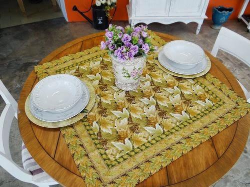 http://www.circulo.com.br/pt/receitas/decoracao/toalha-de-mesa-folhas