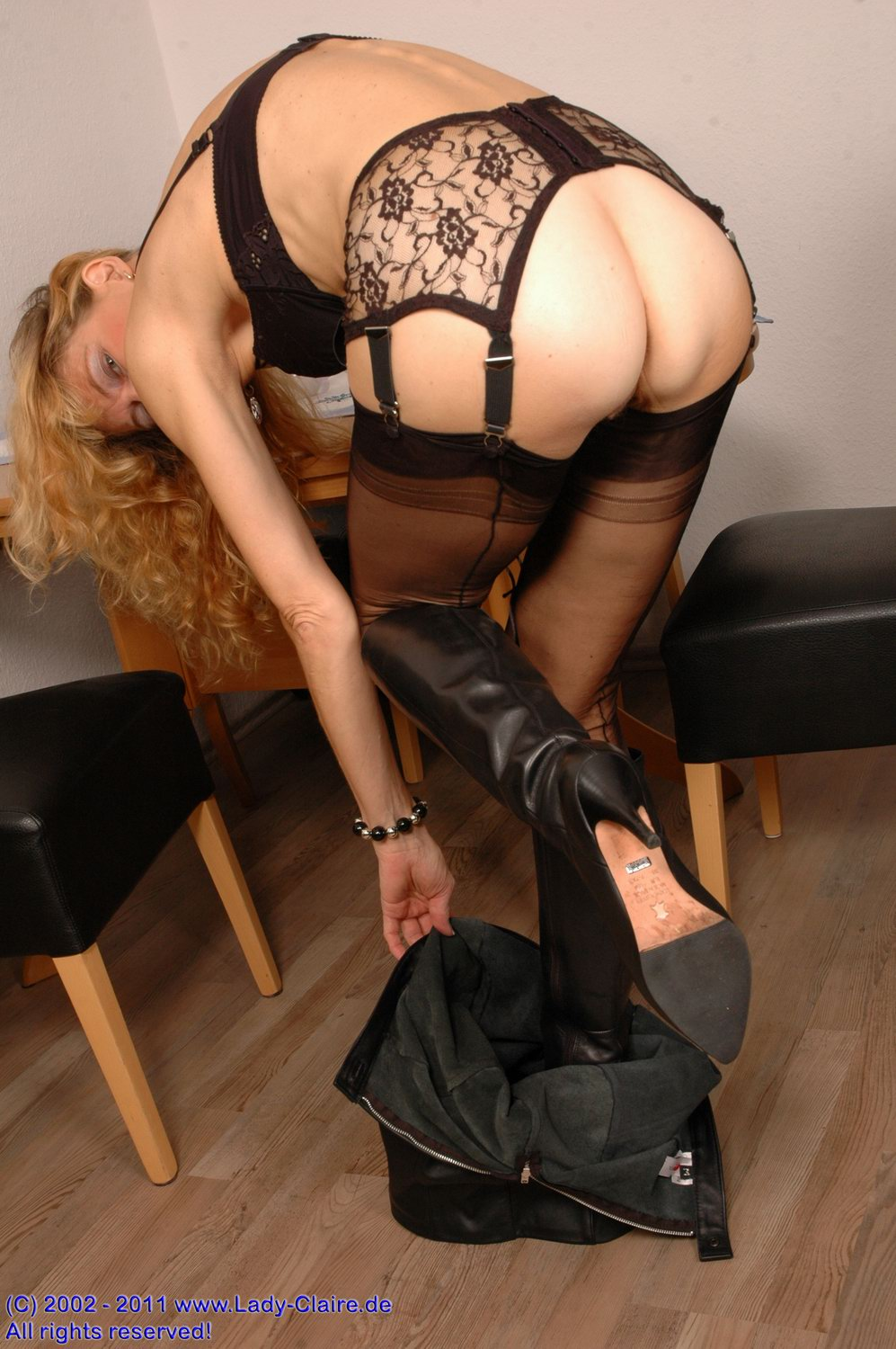 classy pantyhose doesn t