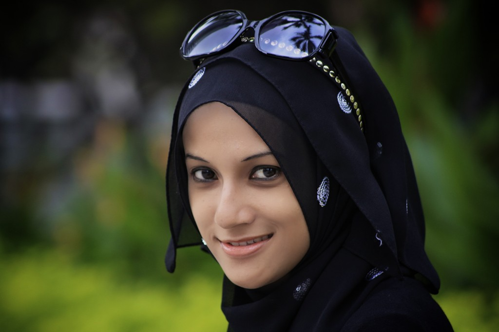 MUSLIM WOMEN CLOTHING...................... | BD SPORTS