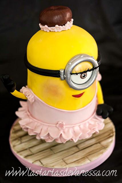 minion ballerina 3d cake