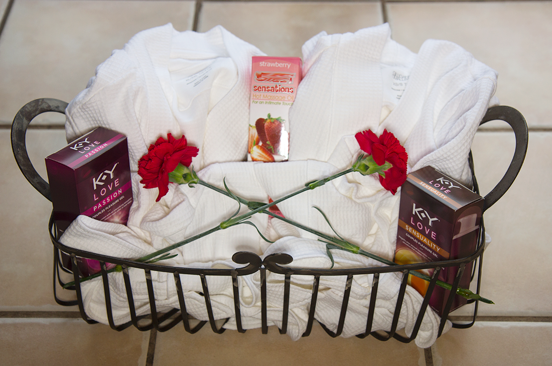 Couples Massage Romantic Gift Basket