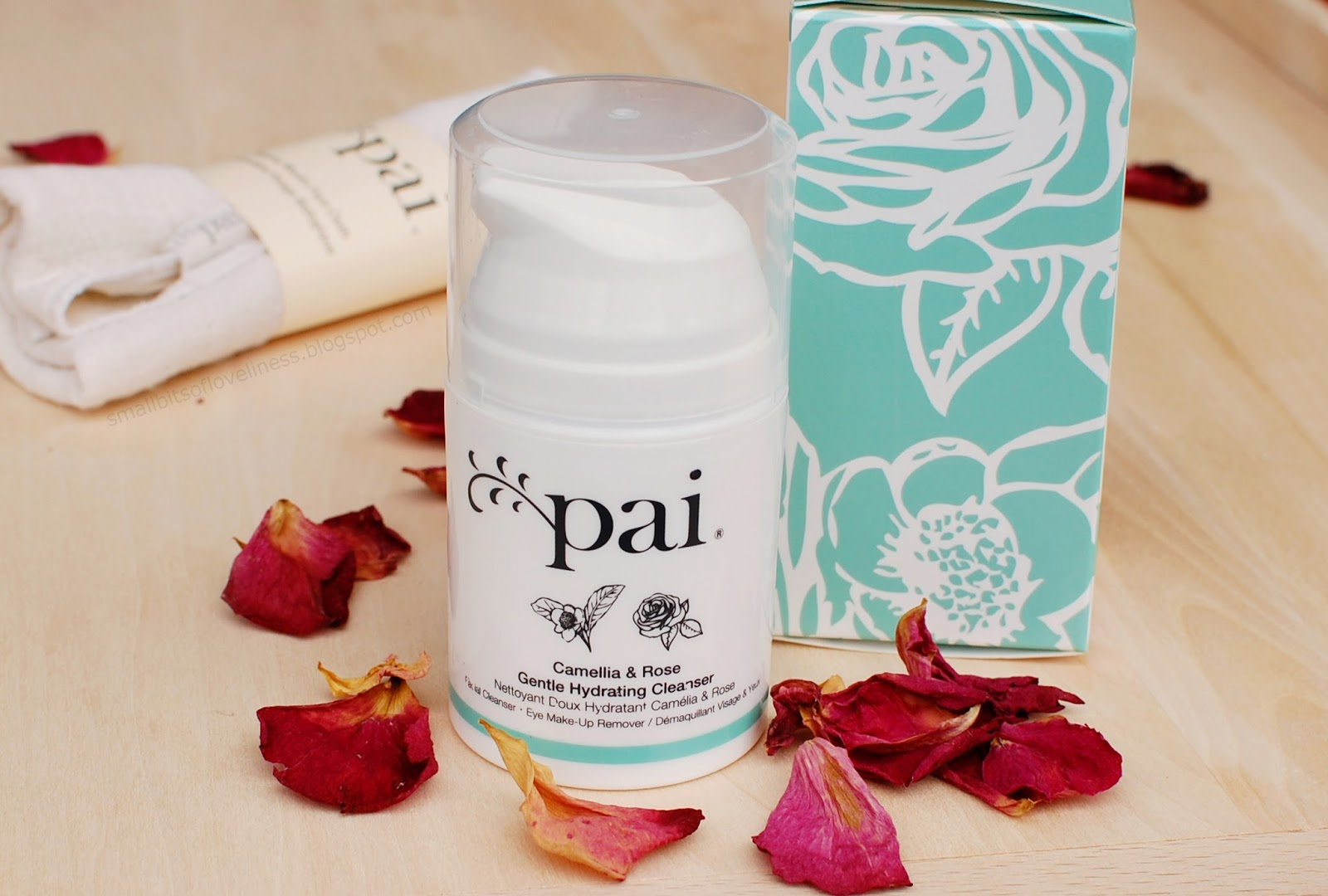 Pai Camellia & Rose Gentle Hydrating Cleanser, Eye Make-up remover