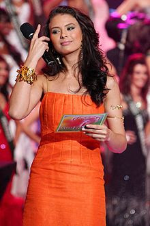Priscilla Meirelles Almeida Miss Earth 2004