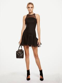 pileli şifon detaylı, dar kesim kısa elbise