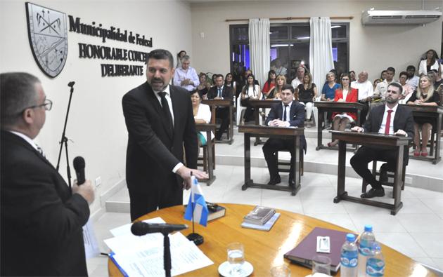 FOTONOTICIA / Gerado Chapino asumió la intendencia de Federal para el período 2019-2023
