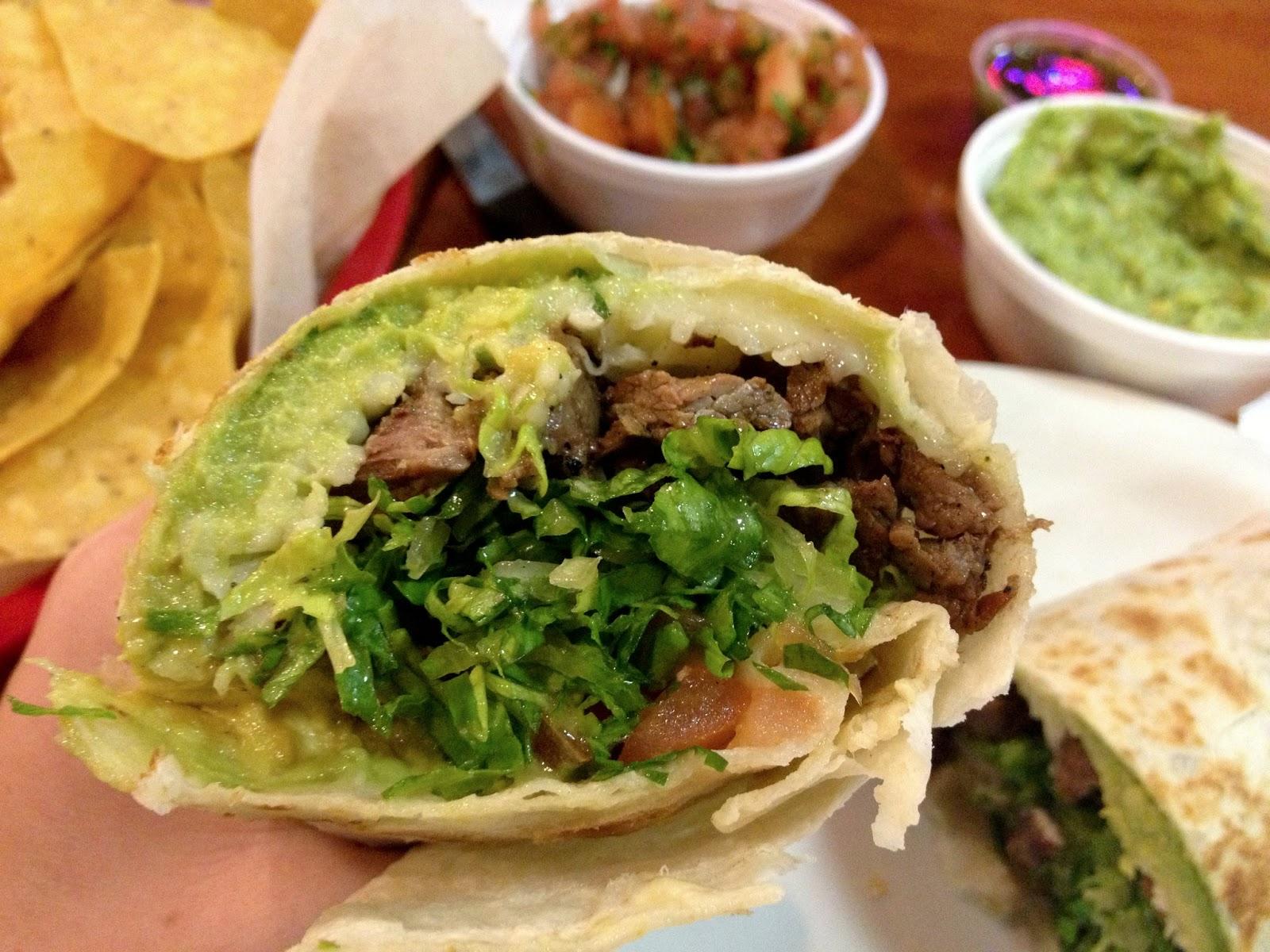 food blog, food blogger,  california, places to eat in california, steak, mexican food, fresh food, chips and salsa, guacamole,baja, baja fish tacos, carne asada, burrito