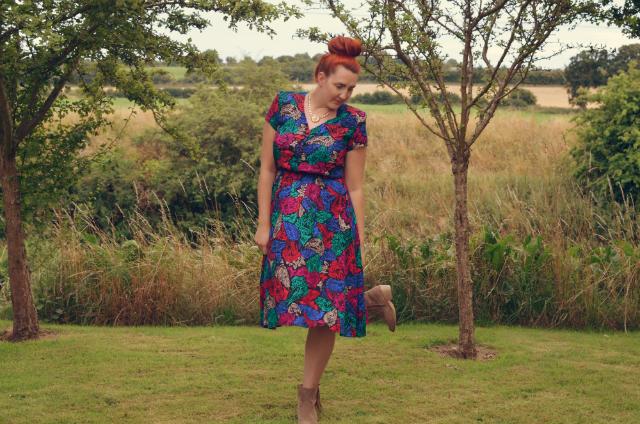Brag-Vintage-floral-dress