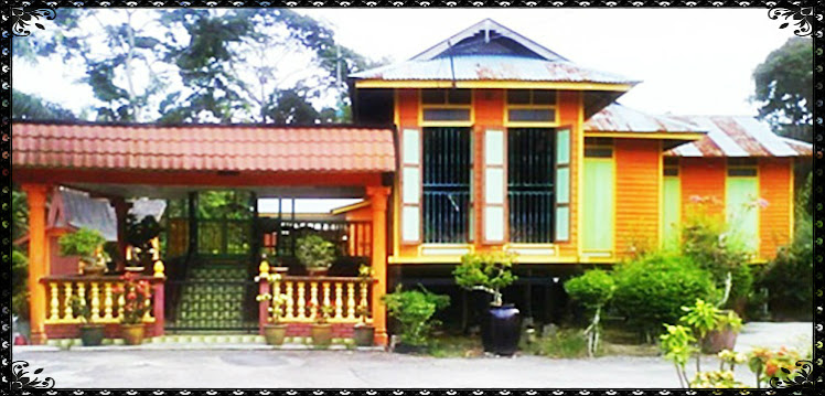 rumah kayu oren
