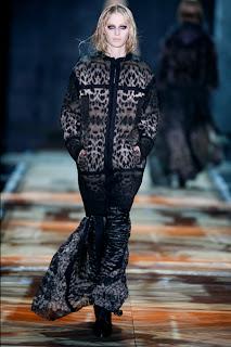 Freizeitkleidung - Cavalli Kollektion Herbst - Winter 2012 - Milan Fashion Week
