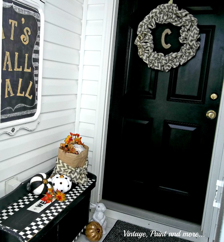 Vintage, Paint and more... black and white fall entry done with black, white and gold painted pumpkins