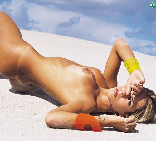 Sandrinha Andrade do Caldeirão do Huck nua na Playboy Brasil