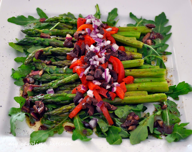 Asparagus Salad on a Bed of Arugula with Roasted Red Peppers ...