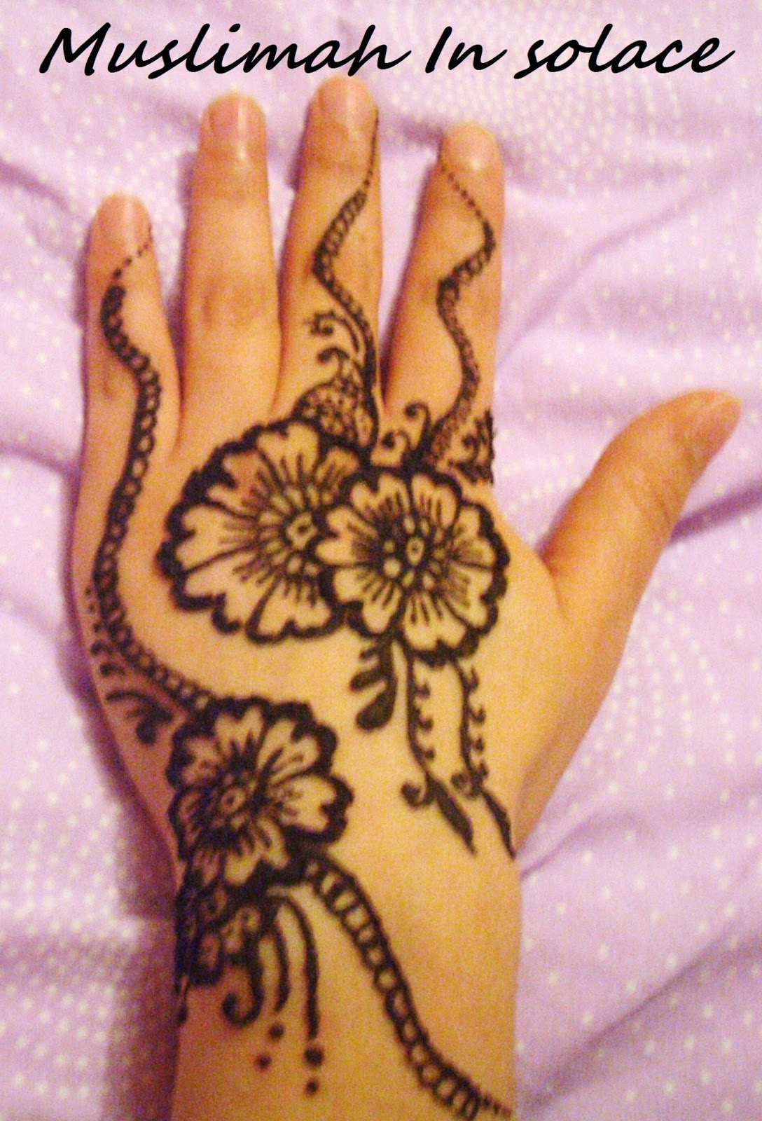 Muslimah In Solace I Love Henna