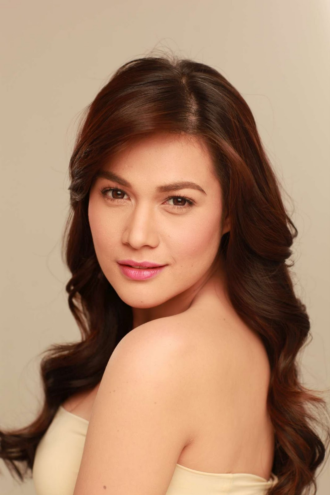 Bea Alonzo admits relationship with Zanjoe Marudo