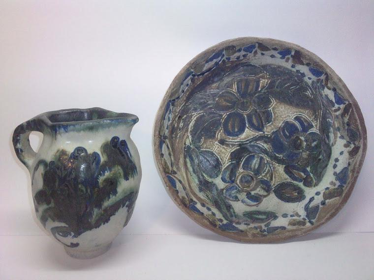 Plat et pot fleur bleuet