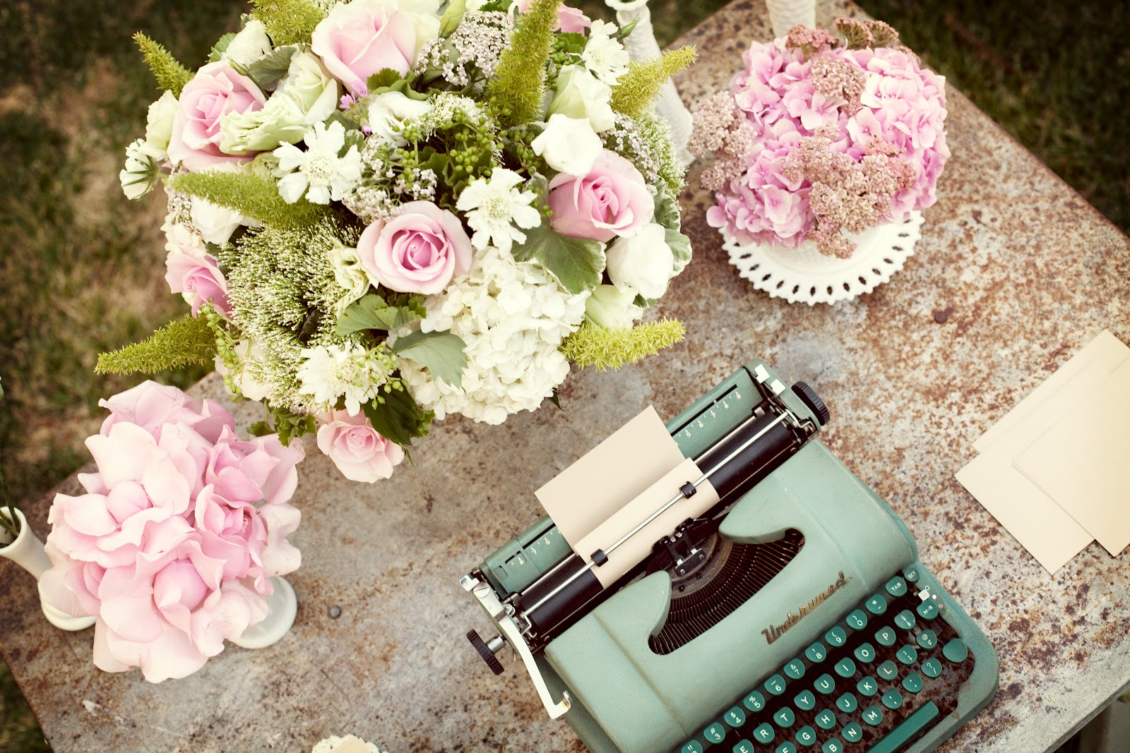 Pretty Vintage Table Vintage Typewriter